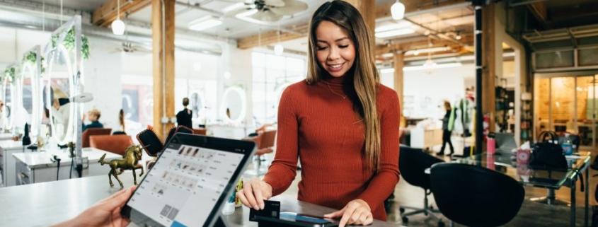 Phygital para mejorar la experiencia del cliente